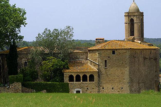 Tête À Château:               Castell Gala Dali